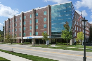 AMITA Adventist Medical Center - Hinsdale, Laboratory Services